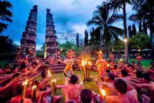 Jangan Kunjungi Bali Dulu Kalau Belum Tahu Lima Budaya Bali Ini!