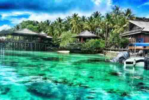 Derawan Island, The Hidden Paradise In East Kalimantan 03 - Finansialku