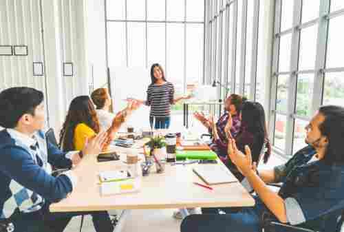 Keren! Budaya Kerja di Perusahaan Start Up Bikin Iri! 01 - Finansialku