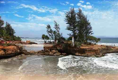 Top 5 Tempat Wisata di Bengkulu yang Menarik Dikunjungi Solo Traveler 05 - Finansialku