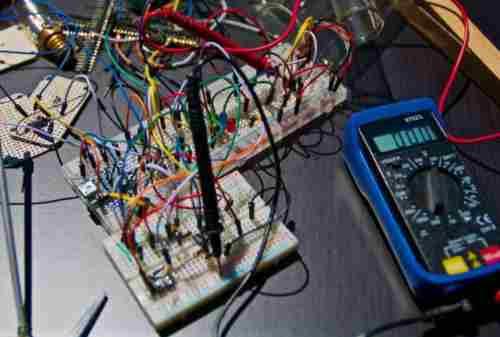 5 Ide Peluang Bisnis Untuk yang Hobi Elektronika, Yuk Cek di Sini! 02