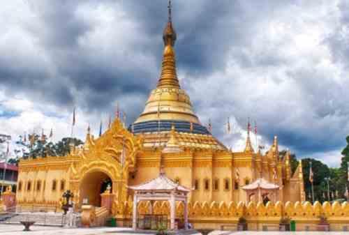 Beginilah Tradisi Yang Dilakukan Umat Budha Saat Hari Raya Waisak 02 - Finansialku