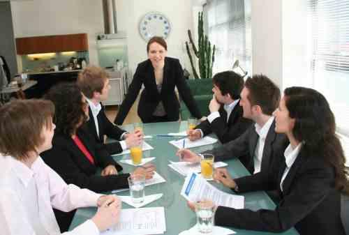 Bagaimana Pengaruh Gaya Kepemimpinan Terhadap Kinerja Karyawan 02 - Finansialku