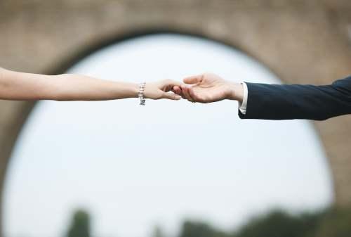 Gagal Menikah Akibat Corona_ Antara Nekat Atau Cari Aman 01