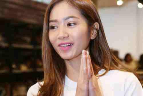Sosok Bunga Zainal yang Berkarier Sukses Jadi Ratu FTV 03 - Finansialku