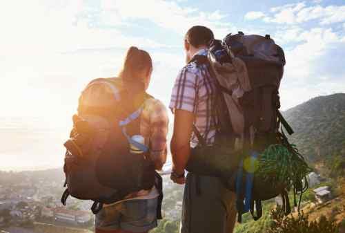Girls, Ini Tips Packing Barang Untuk Traveling Bareng Gebetan 01 - Finansialku