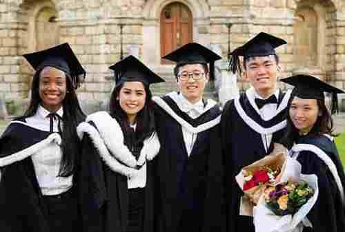 Sudah Tahu Cara Mempersiapkan Dana Pendidikan Anak ke Luar Negeri?