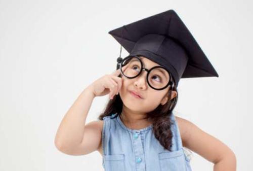Ini Manfaat dan Strategi Memiliki Tabungan Pendidikan Anak