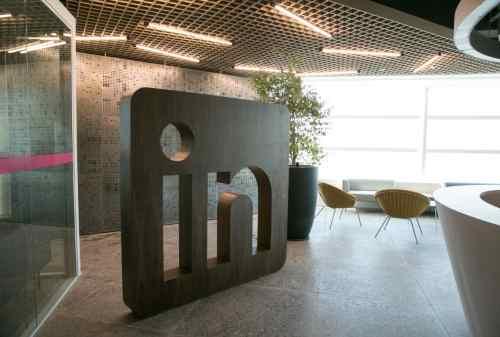 Lagi-lagi Karena Covid-19, LinkedIn PHK 960 Karyawannya! 2