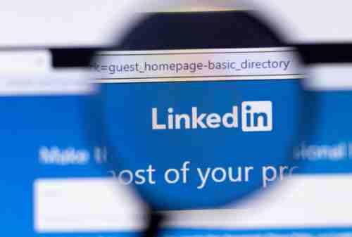 10 Tips Jitu Mencari Pekerjaan di LinkedIn, Cek No 6 dan 8!