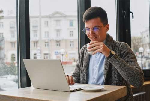 Merencanakan Keuangan Freelancer Agar Punya Keamanan Keuangan