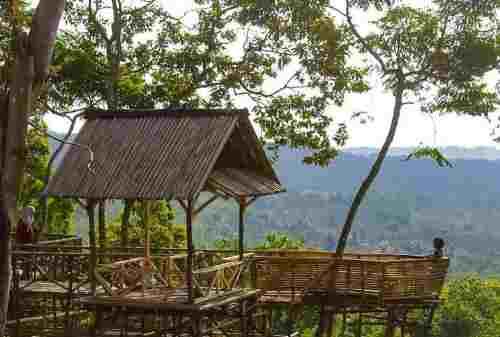 TOP 10 Tempat Wisata Purwakarta yang Hits Gunung, Waduk, Curug! 05 - Finansialku