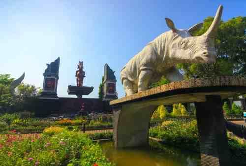 TOP 10 Tempat Wisata Purwakarta yang Hits: Gunung, Waduk, Curug!