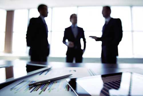 Kenali Kelebihan dan Kekurangan Gaya Kepemimpinan Otokrasi 04 Leader 4 - Finansialku