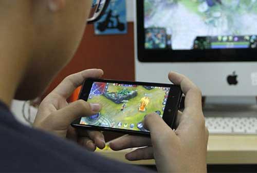 Gamers, Jangan Sampai Salah! Inilah Tips Memilih Ponsel Gaming 02 Ponsel Gaming 2 - Finansialku