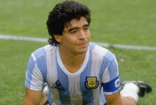 Diego Maradona Meninggal Dunia, Berikut Perjalanan Karirnya