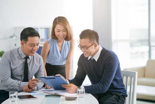 Cara Mengatur Gaji Karyawan Swasta yang Merantau Biar Bisa Nabung