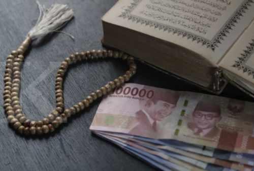 Tantangan Pengembangan Keuangan Syariah di Indonesia dan Upaya Mengatasinya 02