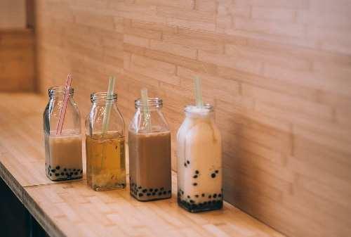 Teh Keju Sampai Boba Obat Batuk: Minuman Kekinian yang Absurd
