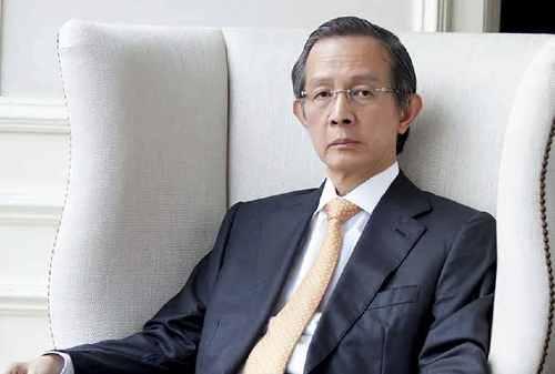 Kisah Sukses Alexander Tedja, Raja Properti Mall di Surabaya