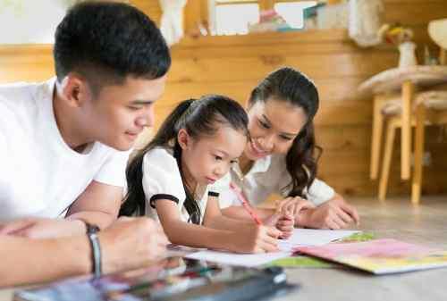 Ampuh! Ini Tips Mempersiapkan Asuransi Pendidikan Anak