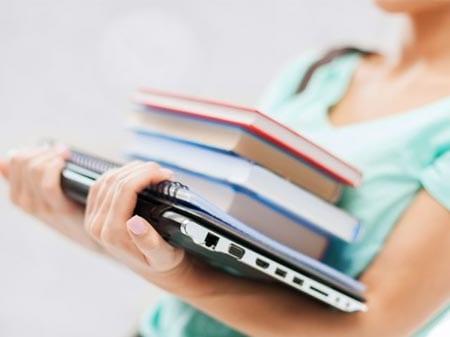 10 Keuntungan Jadi Asisten Dosen yang Diidamkan Mahasiswa