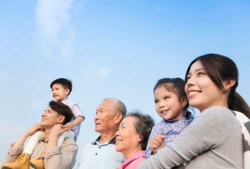 Orangtua Wajib Baca!5 Cara Agar Anak Tidak Jadi Sandwich Generation